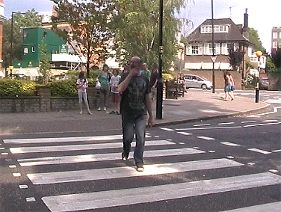 barbieri_abbey_road_crossing