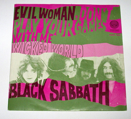 Black-Sabbath-record-slee-008