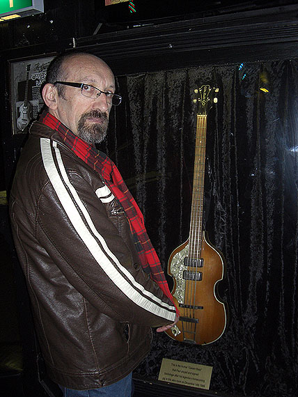 pub_2_paul_bass